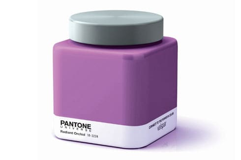 Pantone: Radiant Orchid