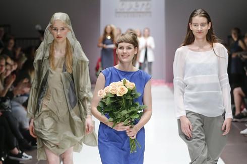 Green Glamour on Stage: Der lavera Showfloor in Berlin
