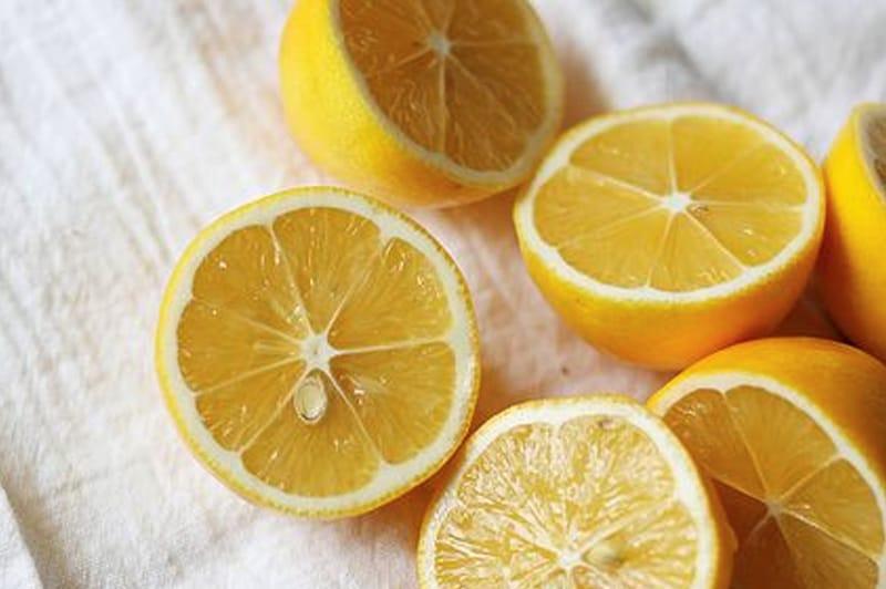 Die Zitrone als Naturheilmittel