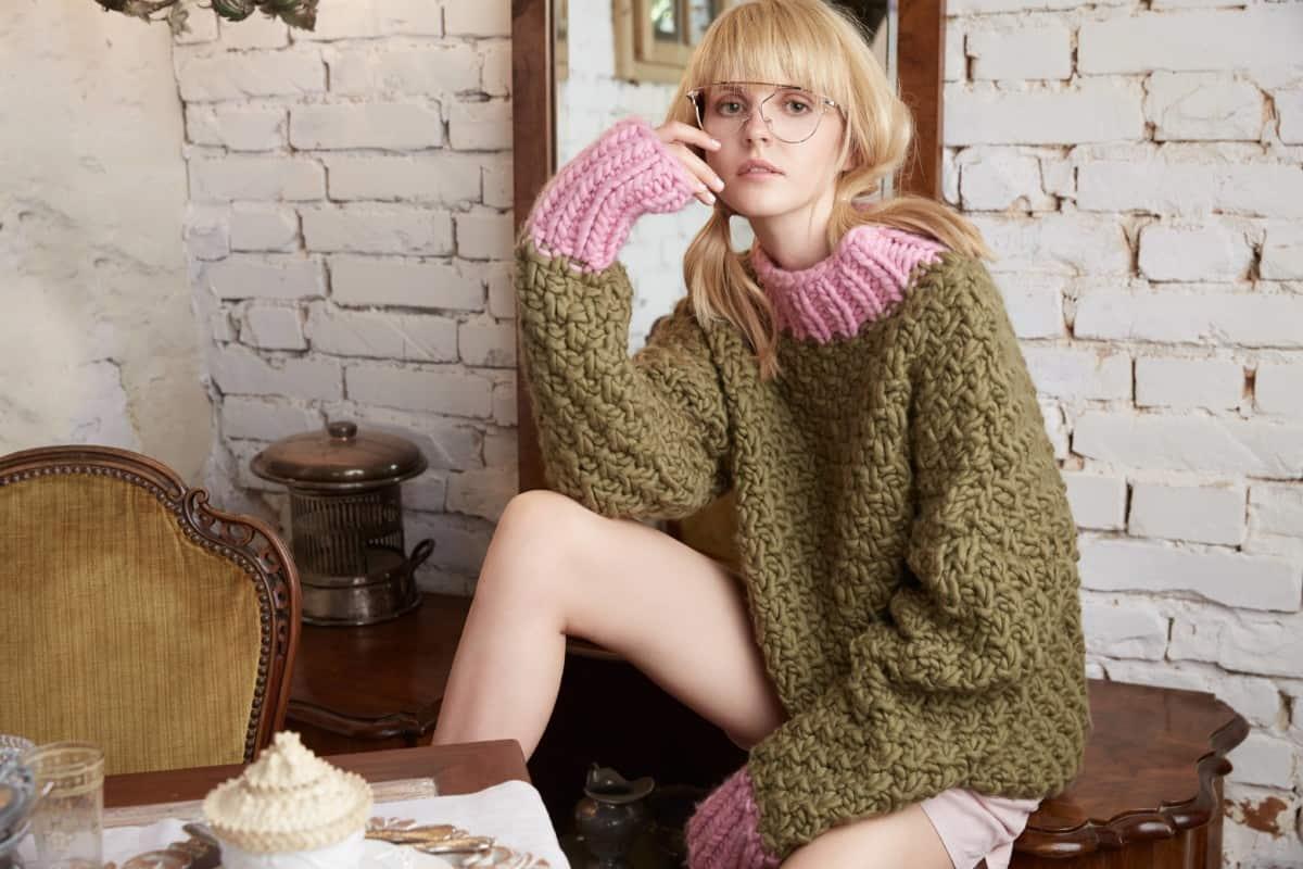 ⓒ KnittedLove | Espresso Pullover um € 450