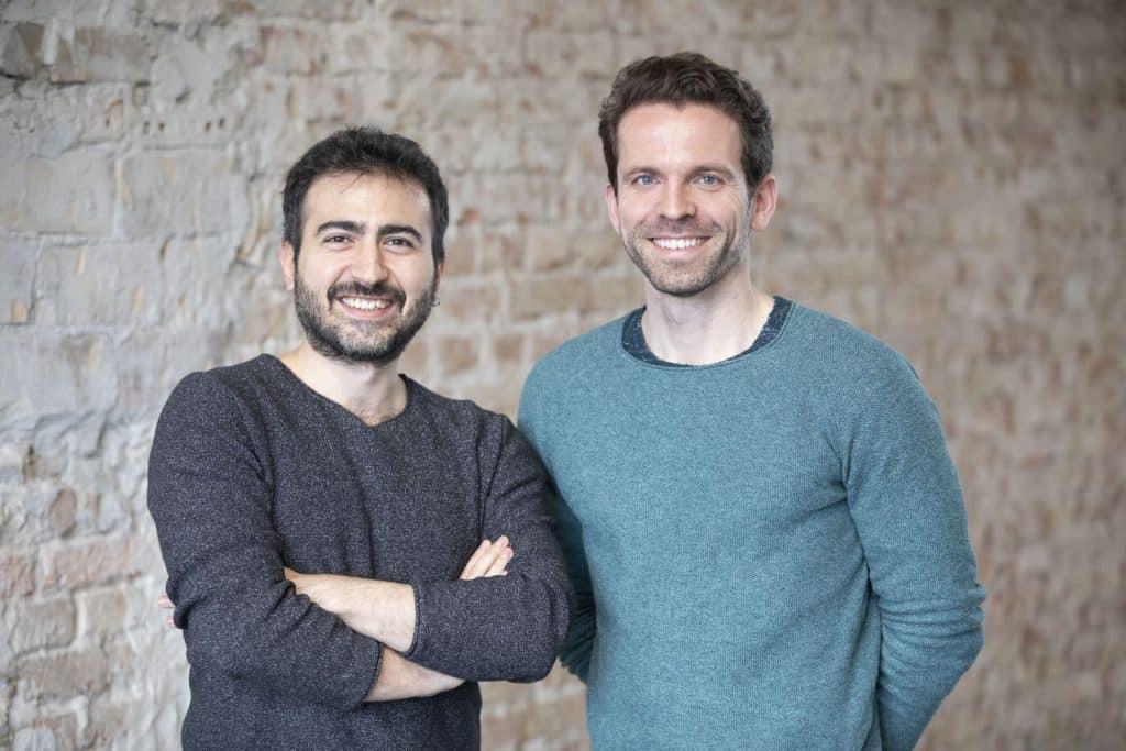 Volkan Bilici (35) und Christian Schiller (34) wollen mit ihrer digitalen Handelsplattform cirplus Plastikmüll in der Umwelt auf null reduzieren.