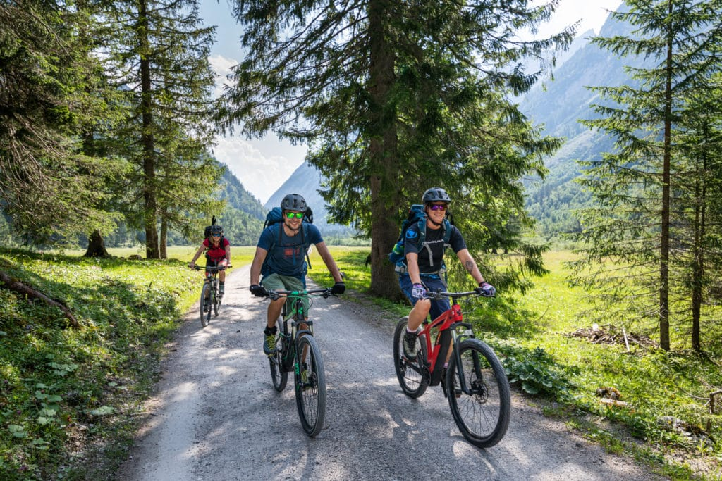 Mit dem E-Bike über Forstwege nach Scharnitz