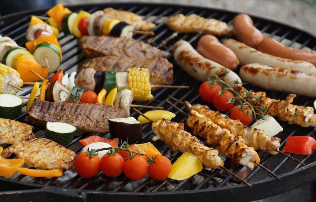Vegan grillen mit LikeMeat Fleischersatz
