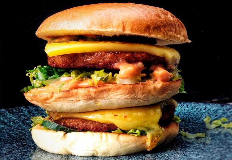 Veganer Burger: Rezept mit Fleischalternative von LikeMeat
