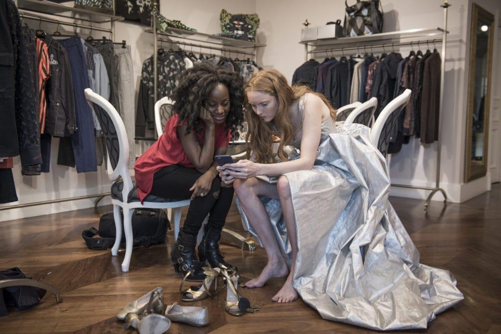 Samata mit Schauspielerin Lily Cole in Vivienne Westwood, 2016