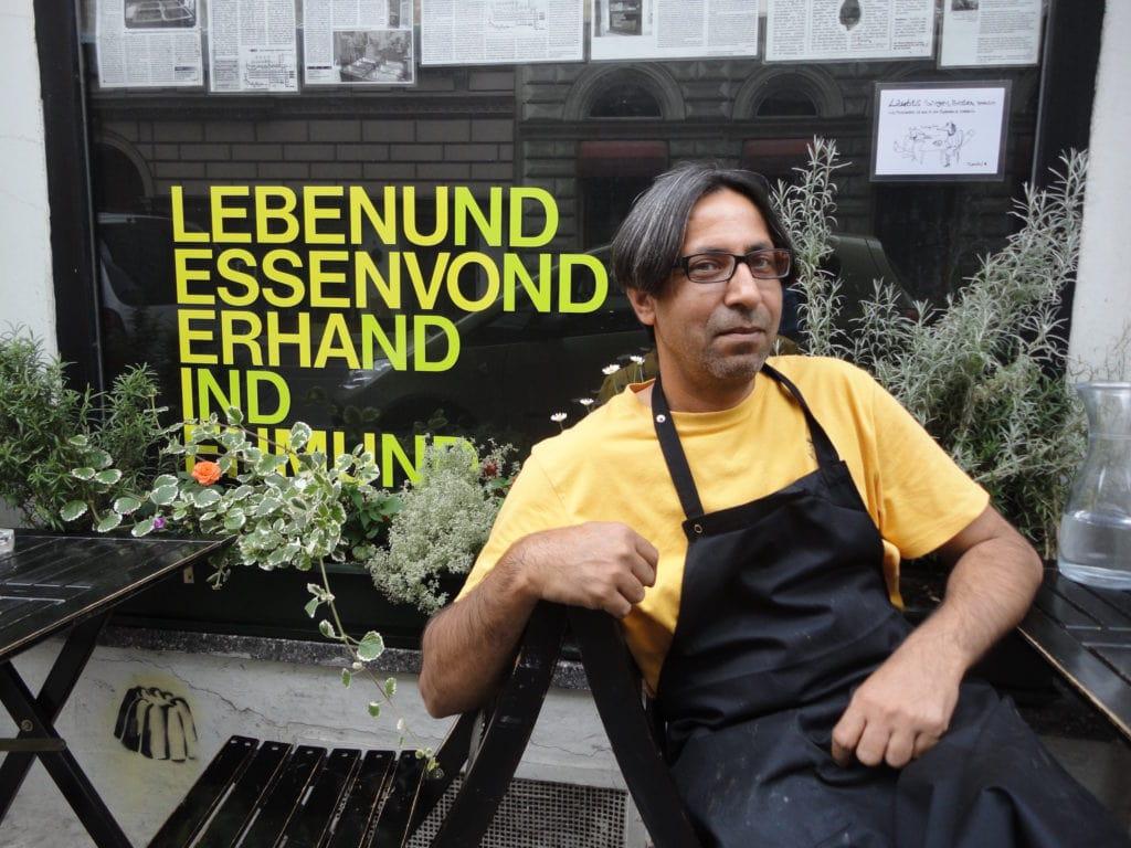 Afzaal Deewan ist der Besitzer des gleichnamigen Restaurants in Wien.